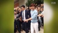李敏镐拍广告被上千粉丝围观 警方要求暂停拍摄