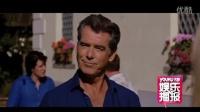 电影《你只需要爱》威尼斯首映 主演皮尔斯-布鲁斯南受访 120903