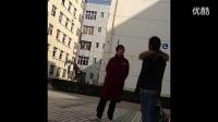 [拍客]九江某高校惊险泼妇怒骂小三。小三名字qq,手机号码都曝出来了。