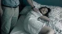 抑郁母亲跳楼自尽,还要拉着孩子一起,这一幕简直太痛心了!