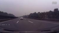 [拍客]2013年1月29日成都绕城高速车祸直拍