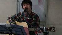 [拍客]北京地铁买艺哥献唱<朋友>为雅安朋友祈福