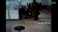 【江西】赣州伟创力保安群殴手讨薪员工