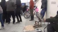 【拍客】杭州街头发生一起打架斗殴事件