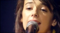 Amélie M'A Dit En concert现场版