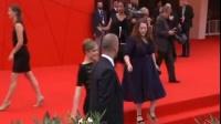 《欲海情魔》角逐威尼斯 两位女主演红毯斗法