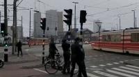 西欧多国遭强风暴袭击 人被吹飞大树吹倒