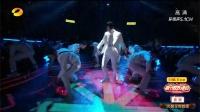 王一博帅气舞蹈霸气登台,与海涛梦晨共演唱《新春旺18》,新的一年旺一把!