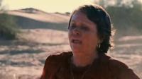 《通天塔》  老保姆携孩子沙漠求救出意外