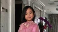 八卦:甜馨身穿粉色公主裙显亭亭玉立 面对镜头展现天使笑容