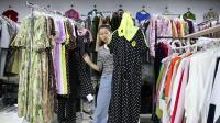 精品女装批发服装批发时尚服饰夏装新款女士精品连衣裙30件起批,可挑款零售混批