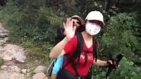 贵州最牛女驴友,背着娃娃去徒步