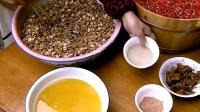 舌尖上的中国: 腌制的剁辣椒蚕豆酱, 是四川家家户户必备餐桌美食