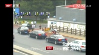 蓟门桥摩托车和自行车发生剐撞事故 红绿灯·平安行 180624
