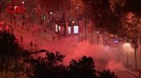 世界杯法国夺冠 巴黎球迷狂欢引发骚乱