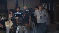 杨伟东与C罗亲密互动 小小罗中国综艺首秀献给《晓说》