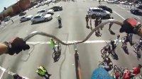 """【藤缠楼】奇闻酷影!世界上最高的自行车""""鹤立鸡群"""""""