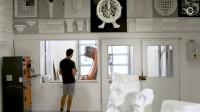 KUKA 机器人打磨制作泡沫雕塑