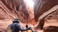 负重徒步Paria Canyon