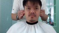 大哥因为抬头纹一直不敢剪短发,很多年都是长长的刘海盖着额头。看到他改变后的自信笑容我知道我成功了