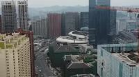 我知道,最近不少贵州人对这两栋楼都十分关注,它的下面就是贵阳街……