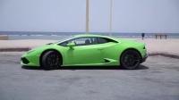 绿色的兰博基尼 Huracán 加速性能 迪拜试驾