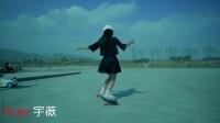 无人机航拍美女玩滑板Skateboard