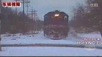 正大光明超清视频:监控下多起车祸惨烈(火车撞汽车视频)!