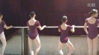 芭蕾初二初三考级内容