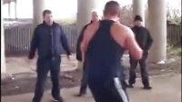 【安全防卫网】拳击约战切磋 急眼的上腿了