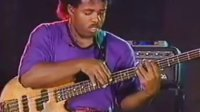 Victor Wooten - Bass Tapping Lesson