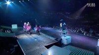 DJ Got Us Falling In Love ( OMG Tour  London 2011) 现场版