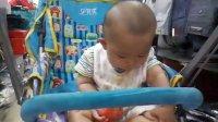 秀   宝贝儿    1     吃西红柿