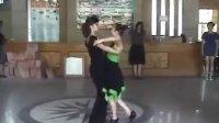 柔情中三 姜丽和谢俊娟示范跳之一 车站