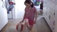 【油库搞笑】8岁女孩有令人难以置信的运球技巧