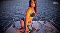 玩家装备推荐弓箭美女第一部:bowfishing(弓猎射鱼)比基尼美女