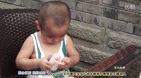 【茶余饭后 轻松时刻】爆笑宝宝大战冰激淋和剩辣汤乐翻路人!