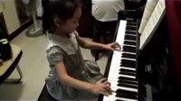 199魏仁欣长江钢琴音乐节使者