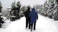 儿子陪我去踏雪