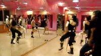 伊曼舞馆——拐杖舞