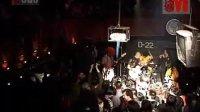 09年二手玫瑰乐队在D22的专场演出 10 - 允许部分艺术家先富起来