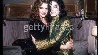 MJ和Brook Shield