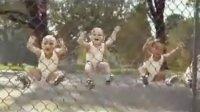 爆笑:依云,你对这群孩子做了什么?