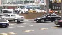 [拍客]保时捷兰博基尼法拉利齐聚会  街头发威尽争艳