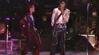 迈克尔杰克逊1987日本横滨站全场Bad巡演DVD
