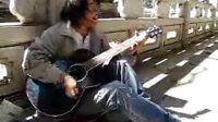 吉他弹唱《坚强的理由》----一位流浪歌手