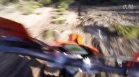 辣妹洋妞教你骑摩托 KTM 125EXC fast babe 越野摩托车