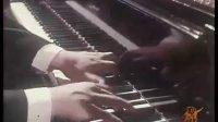 样板作品———钢琴协奏曲《黄河》(殷承宗1970年版)