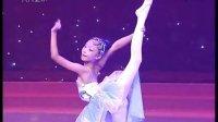 舞蹈04《红领巾创领未来》--【关注公众号:幼师秘籍-微信号:youshimiji了解更多幼教视频】