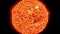 2010年12月10日美国宇航局卫星捕获到太阳笑脸画面